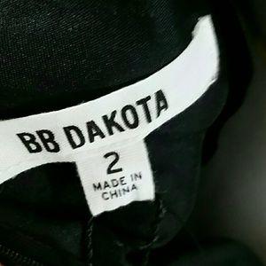 BB Dakota Dresses - BB Dakota black lace form fitting dress